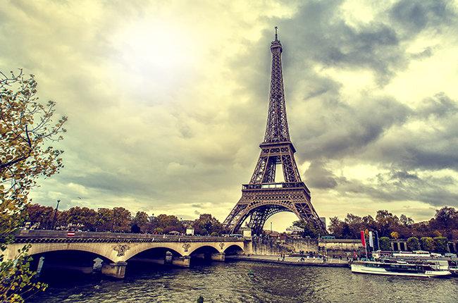 eiffel-tower-in-Paris-billboard-650