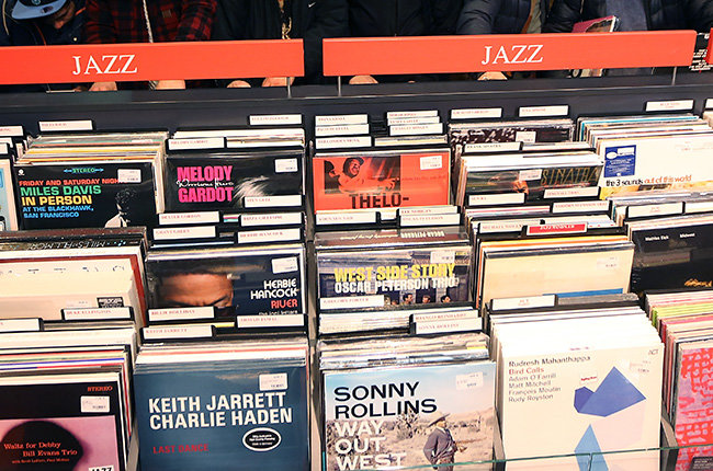 vinyl-records-jazz-billboard-650